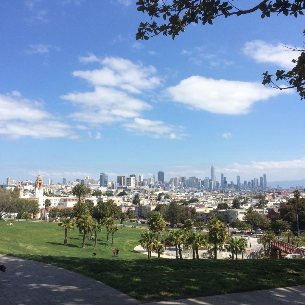 grattacieli di San Francisco visti da parco Dolores